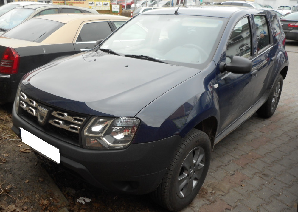 dacia duster 2013 2016 vin where is vin number find chassis number. Black Bedroom Furniture Sets. Home Design Ideas