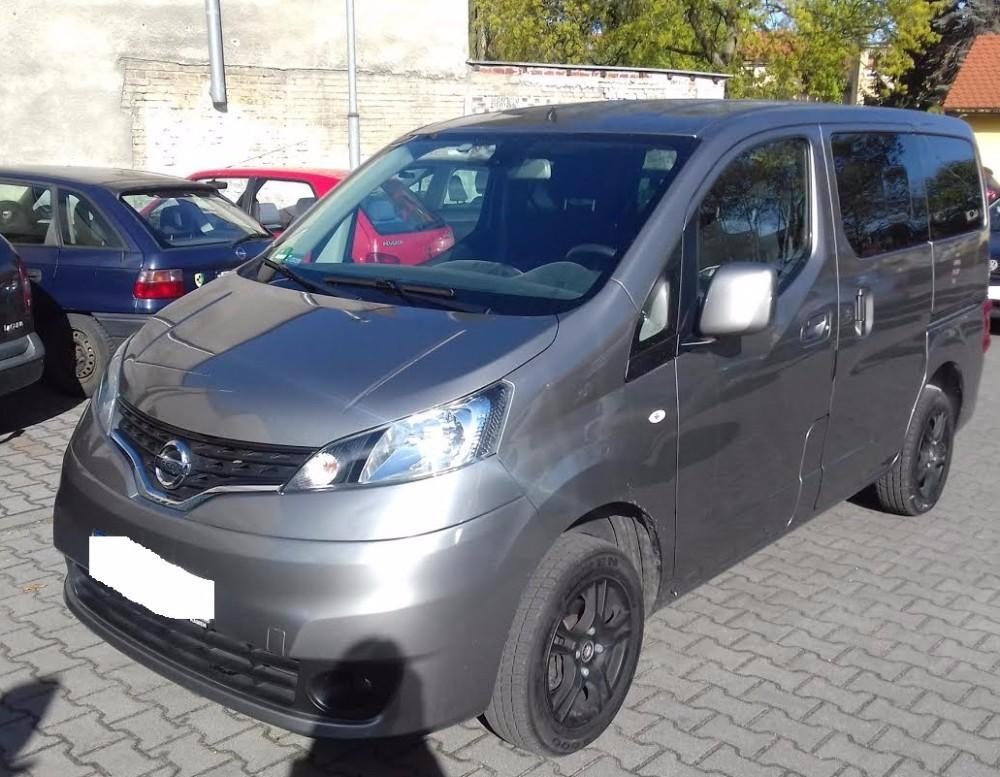 Nissan NV200 (2010-2016) - Where is VIN Number | Find ...