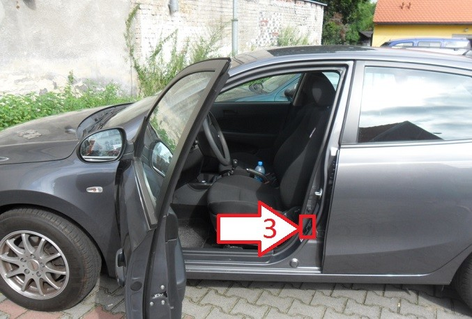 Vin Number Check >> Hyundai i30 (2007-2010) - Where is VIN Number | Find ...