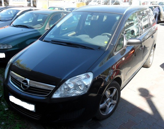 opel zafira 2005 2011 where is vin number find chassis number. Black Bedroom Furniture Sets. Home Design Ideas